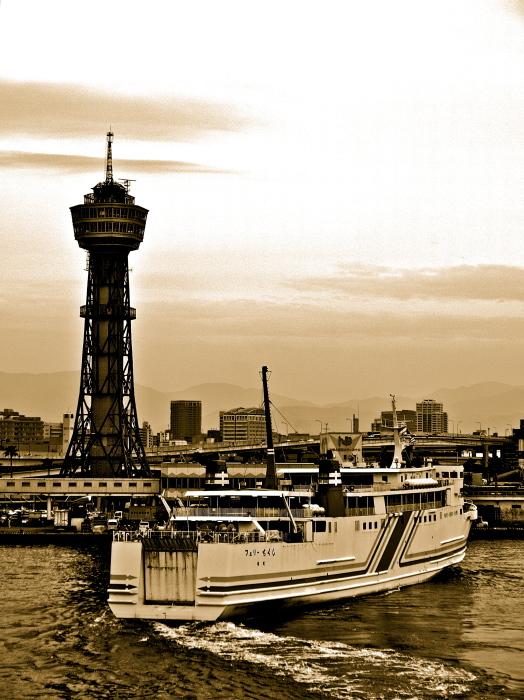 博多港国際ターミナルより_f0315034_20442321.jpg