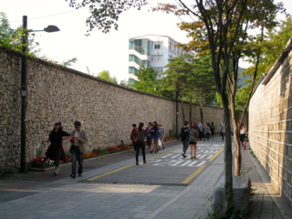 韓国 三清洞 北村 エピソード2_b0325640_144467.jpg