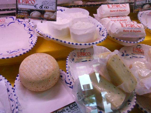 水牛乳チーズの工房~秋~_b0305039_5233069.jpg