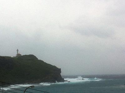 10月11日 すごい風が吹いています!_b0158746_1604992.jpg
