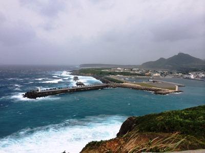 10月11日 すごい風が吹いています!_b0158746_167790.jpg