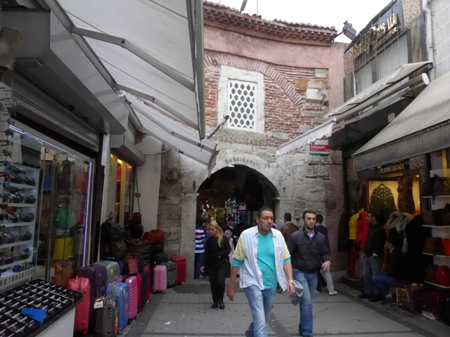 イスタンブールへ行く。① ~ケバブでぼったくられた話~_f0232060_1943452.jpg