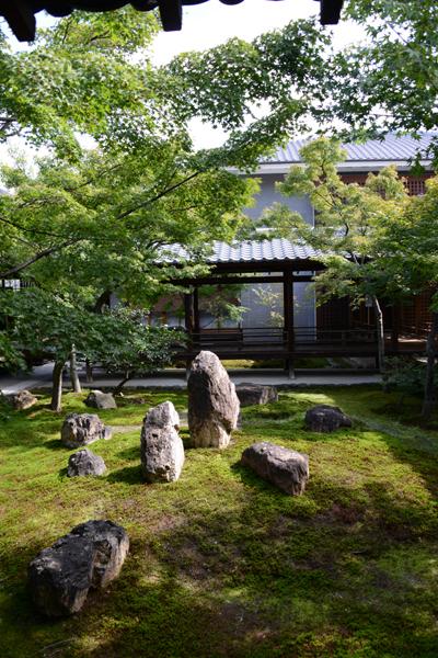 京都おすすめの観光スポット。堂内撮影OK!建仁寺_e0171573_2033176.jpg