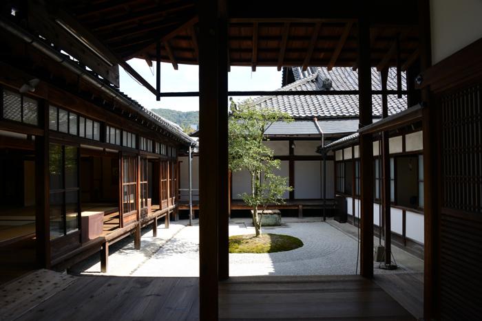 京都おすすめの観光スポット。堂内撮影OK!建仁寺_e0171573_2035161.jpg