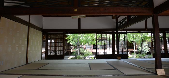 京都おすすめの観光スポット。堂内撮影OK!建仁寺_e0171573_2044165.jpg