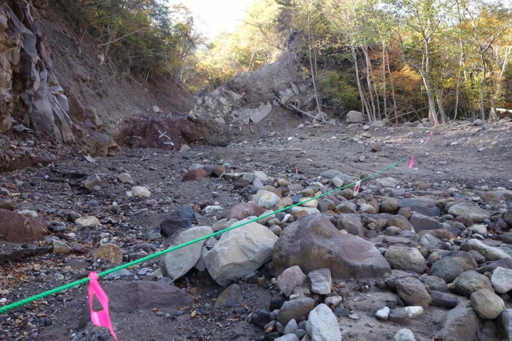 恵庭岳登山口の現状、10月9日_f0138096_15302513.jpg