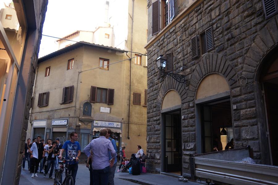フィレンツエで一番美味しいコーヒー_f0106597_1262314.jpg
