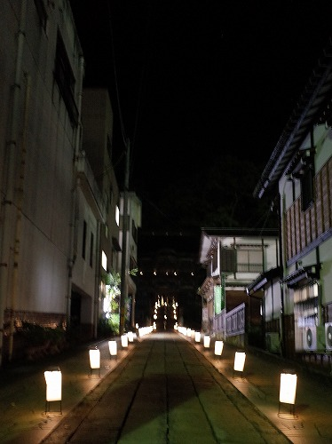第3回 「毘沙門さま夜参りとほの灯り」 に行ってきました_c0336902_1192483.jpg