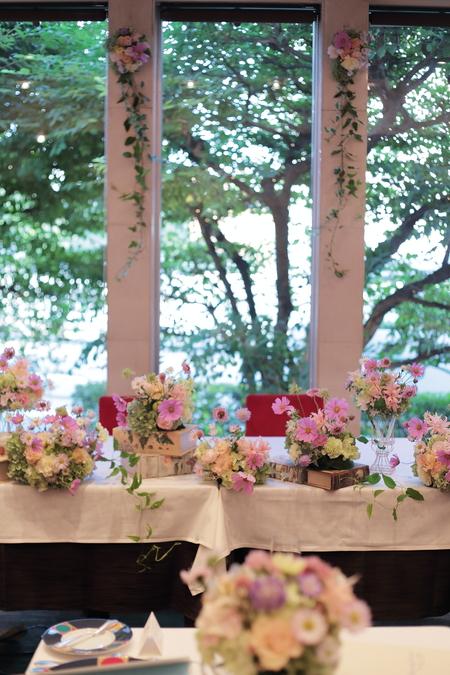 秋の装花 FEU様へ 淡い色の草花で、お任せで_a0042928_19112193.jpg