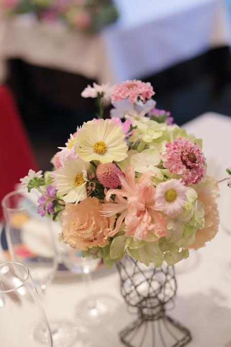 秋の装花 FEU様へ 淡い色の草花で、お任せで_a0042928_19123389.jpg