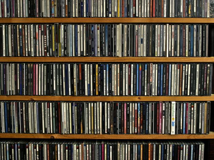CD (コンパクトディスク)_f0315034_10491603.jpg
