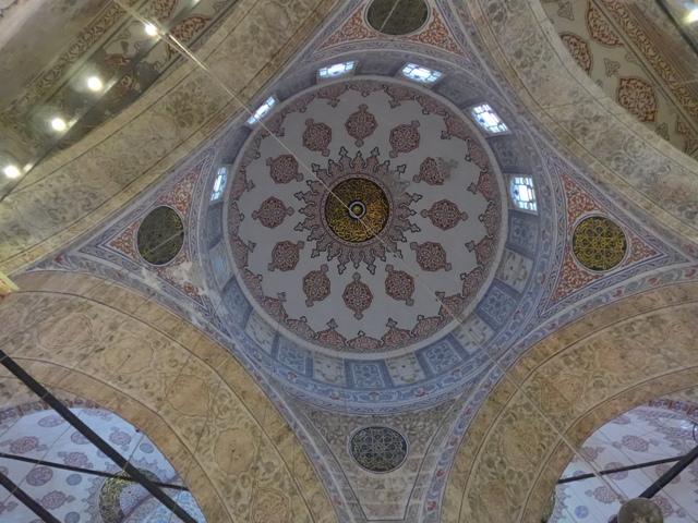 イスタンブールへ行く。⑤ ~2大モスクに行った話~_f0232060_0532959.jpg