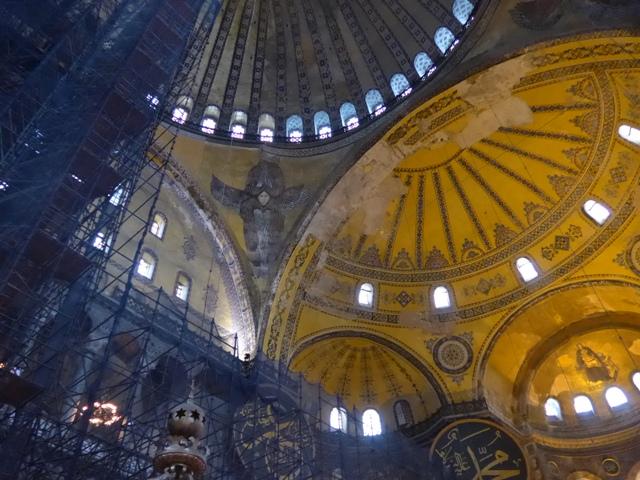 イスタンブールへ行く。⑤ ~2大モスクに行った話~_f0232060_1163919.jpg