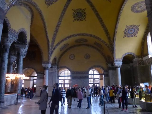 イスタンブールへ行く。⑤ ~2大モスクに行った話~_f0232060_1255981.jpg