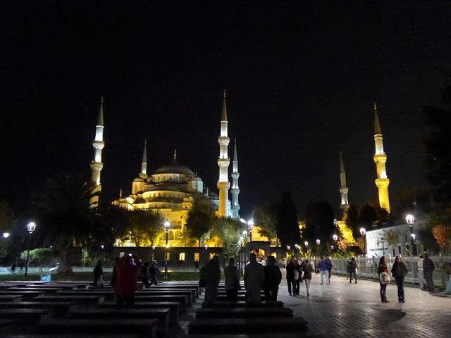 イスタンブールへ行く。⑤ ~2大モスクに行った話~_f0232060_14421948.jpg