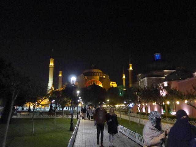 イスタンブールへ行く。⑤ ~2大モスクに行った話~_f0232060_14431691.jpg