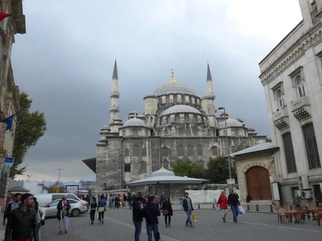 イスタンブールへ行く。⑦ ~食用ネズミを食べた話~_f0232060_22433245.jpg