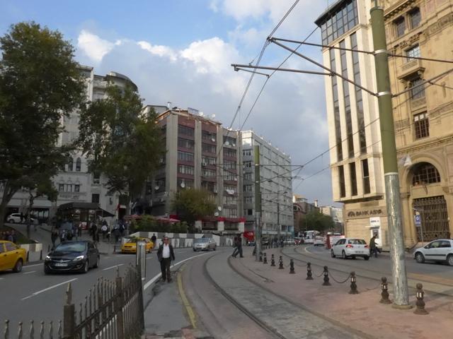 イスタンブールへ行く。⑧ ~濡れバーガーがマズい話~_f0232060_23354452.jpg