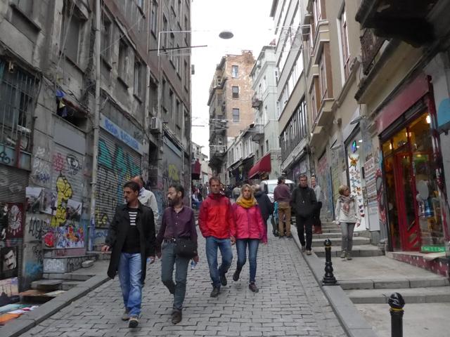 イスタンブールへ行く。⑧ ~濡れバーガーがマズい話~_f0232060_2337767.jpg
