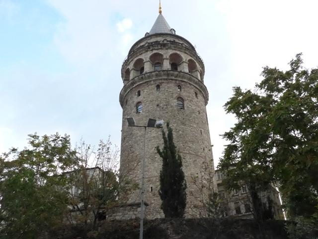イスタンブールへ行く。⑧ ~濡れバーガーがマズい話~_f0232060_23424983.jpg