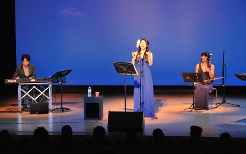 来日20周年コンサートin横浜、盛況裡に終了!_c0162404_23241711.jpg