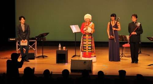 来日20周年コンサートin横浜、盛況裡に終了!_c0162404_2329077.jpg