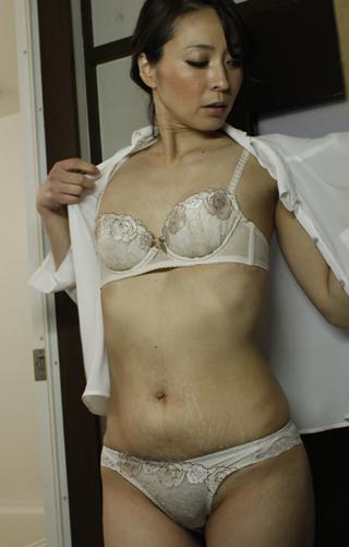 【美熟女】矢部寿恵YouTube動画>1本 ->画像>80枚