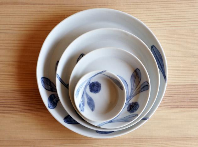 古川桜さんの丸皿が入荷しました!_a0026127_21274427.jpg