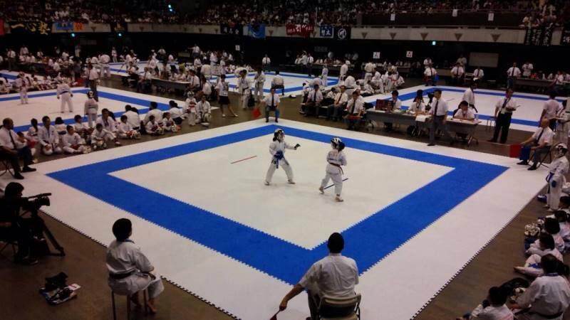 第14回全日本少年少女空手道選手権大会_d0010630_1633308.jpg