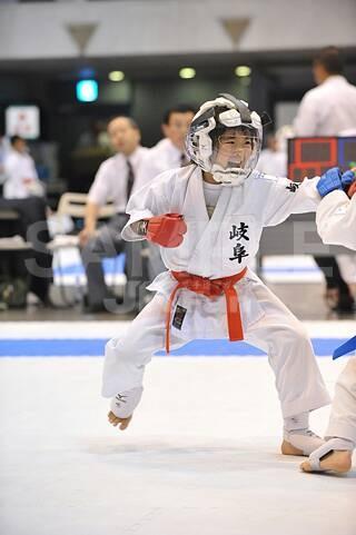 第14回全日本少年少女空手道選手権大会_d0010630_1647166.jpg
