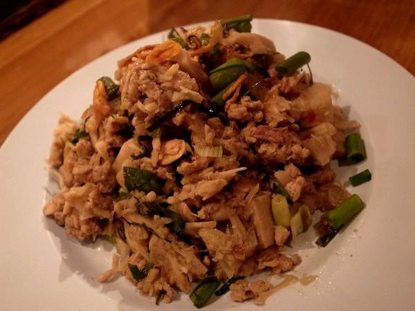 タイのアメリカ炒飯と電車炒飯_e0152073_20411.jpg