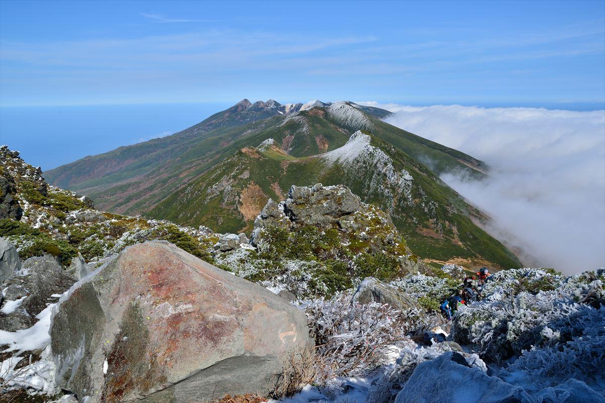 【紅葉と氷雪】 羅臼岳(岩尾別コース) 2014.10.12_a0145819_6311642.jpg