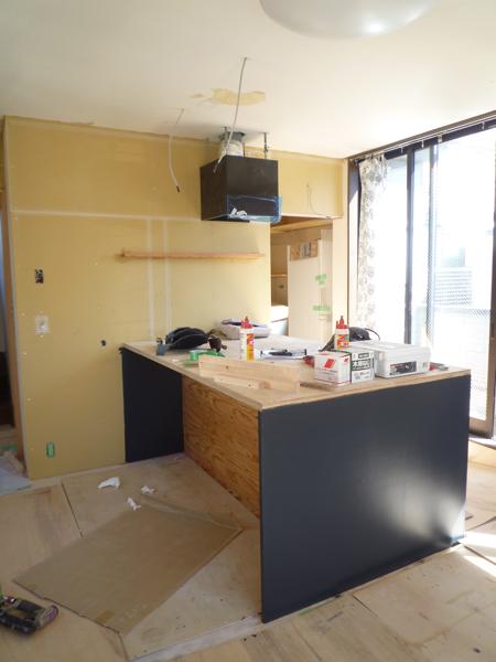 黒いキッチン_c0004024_17375819.jpg