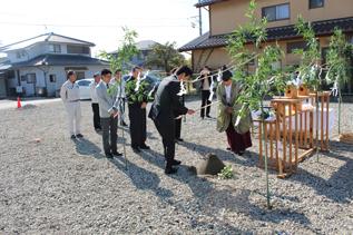 松本市 村井町西で住宅工事始まります_e0180332_1539527.jpg