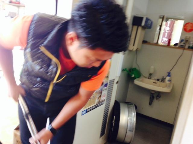 10月15日 山本&店長の助け合いブログ。ランクル ハマー レンタカー アルファード_b0127002_17172167.jpg