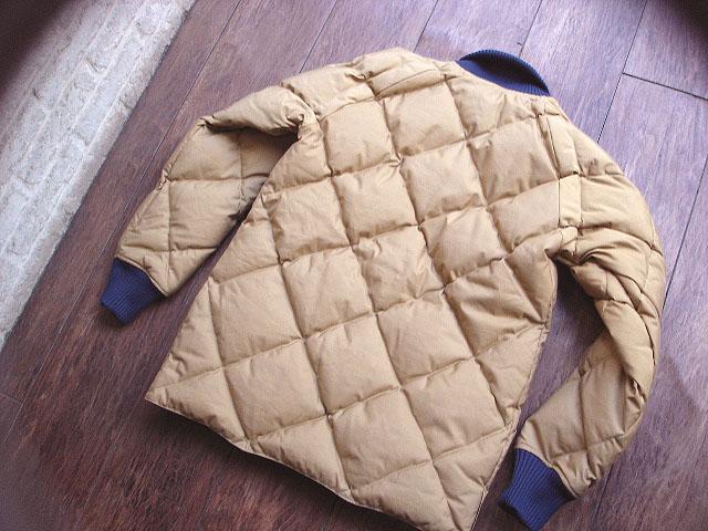 NEW : Crescent Down Works [Rib Collar Down Shirt] & [Rib Collar Quilting Down Shirt] 60/40 !!_a0132147_22214715.jpg