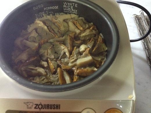 ポルチーニ茸の炊き込みご飯_a0136671_4553855.jpg
