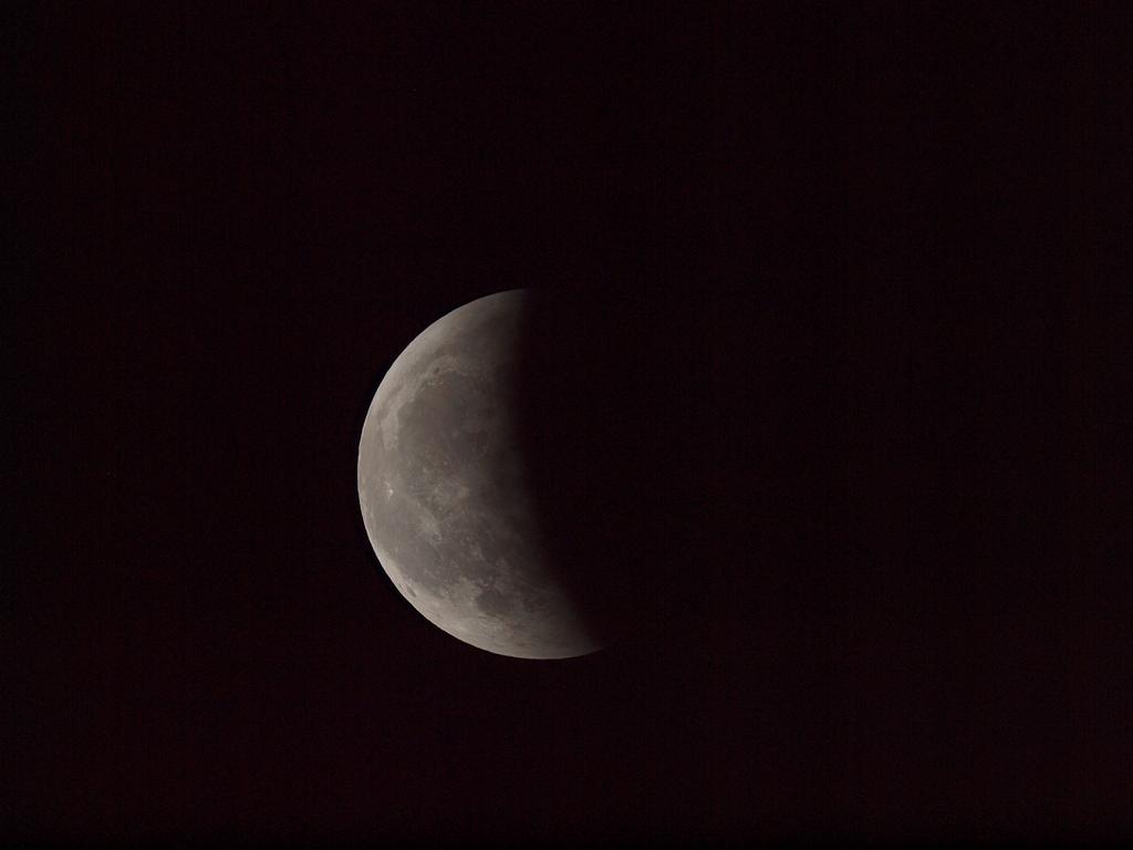 皆既月食_f0186096_10122792.jpg