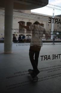 ④「MUSEU D´ART CONTEM PORANI」とスケボー少年たち=スペイン・バルセロナ編=_f0226293_129737.jpg