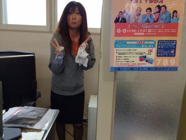 店長のニコニコブログー10/17(金)ランクル ハマーアルファード_b0127002_1941395.jpg