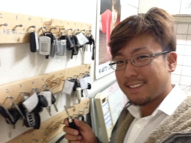 店長のニコニコブログー10/17(金)ランクル ハマーアルファード_b0127002_19476100.jpg