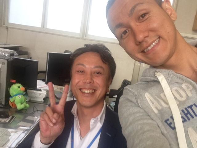 店長のニコニコブログー10/17(金)ランクル ハマーアルファード_b0127002_19555526.jpg
