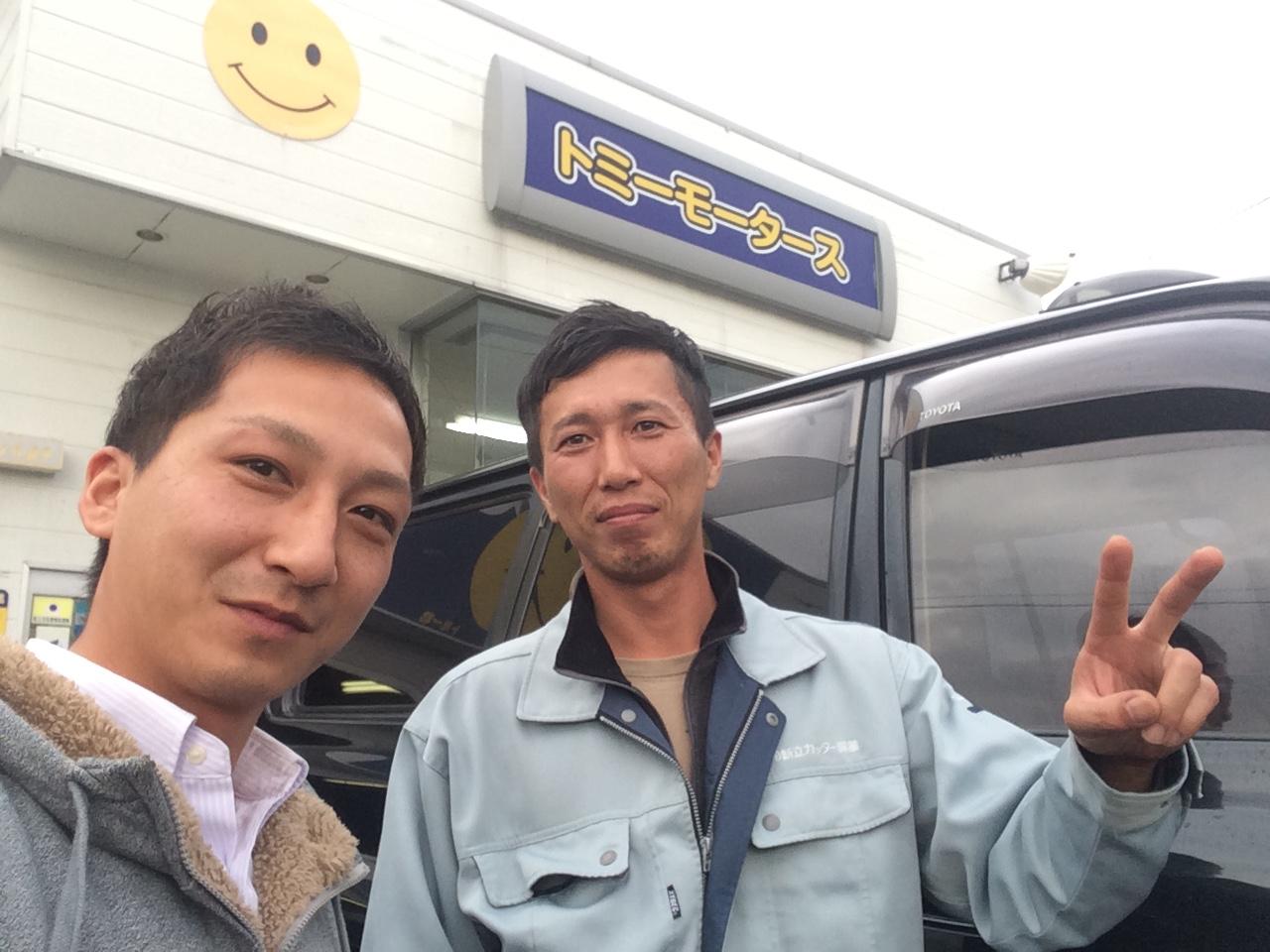 店長のニコニコブログー10/17(金)ランクル ハマーアルファード_b0127002_19561680.jpg