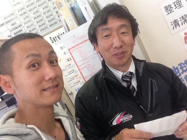 店長のニコニコブログー10/17(金)ランクル ハマーアルファード_b0127002_19572866.jpg