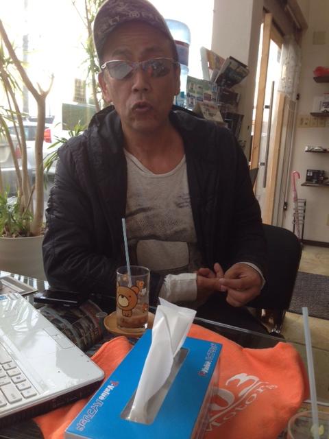 店長のニコニコブログー10/17(金)ランクル ハマーアルファード_b0127002_1957569.jpg