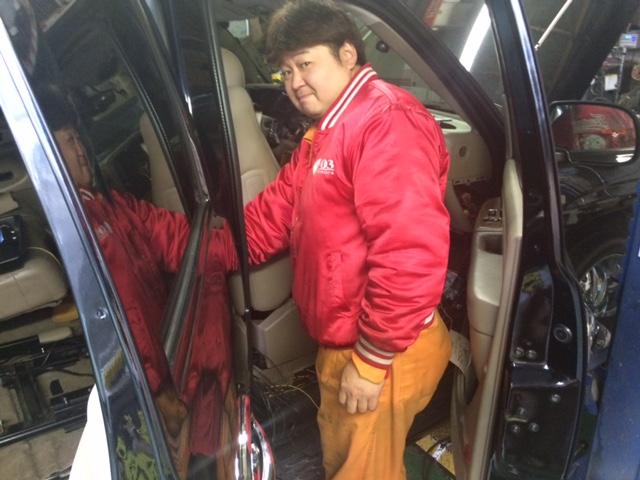 店長のニコニコブログー10/17(金)ランクル ハマーアルファード_b0127002_21105417.jpg