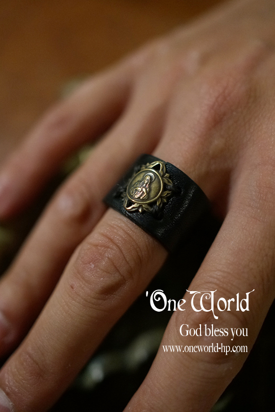 LEATHER MARIA RING_a0155932_1849305.jpg