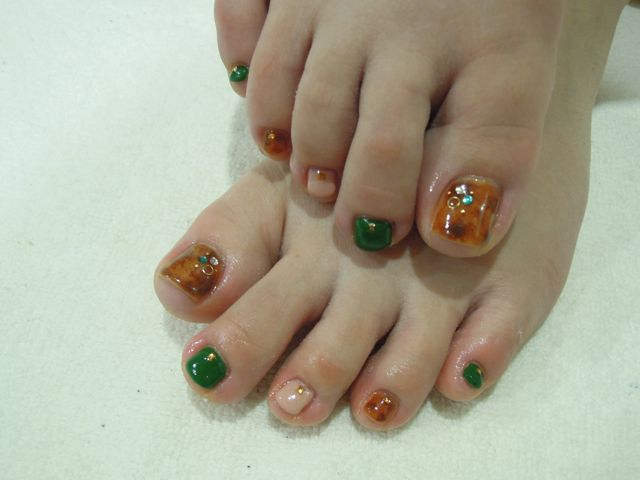 Turquoise Foot Nail_a0239065_1526653.jpg