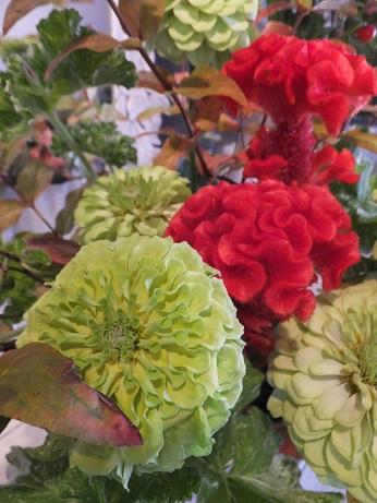 オークリーフ花の教室(赤地さんと宮原さんの作品)_f0049672_18422378.jpg