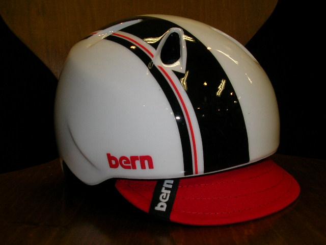 bernのnino/ninaが数点入荷しました_b0189682_11101415.jpg